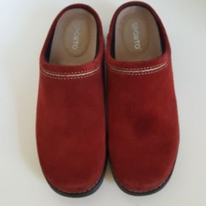 Sporto Red Suede Slip On Mules Sandals
